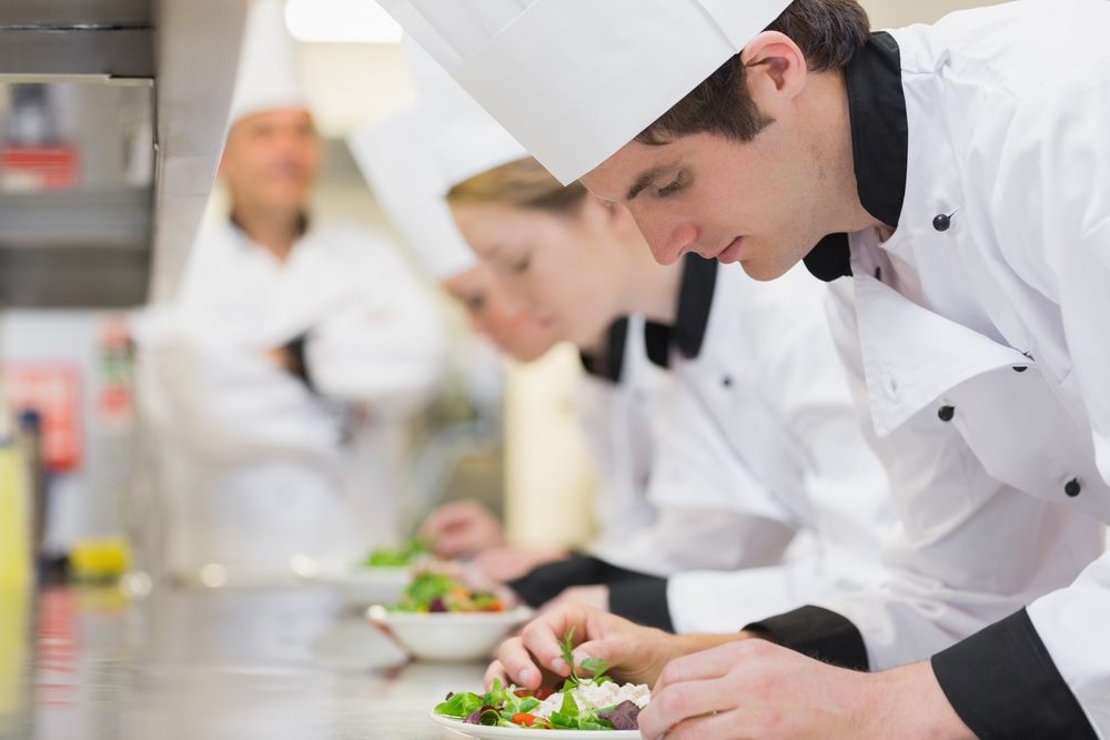 What are the benefits to becoming a chef in Australia?